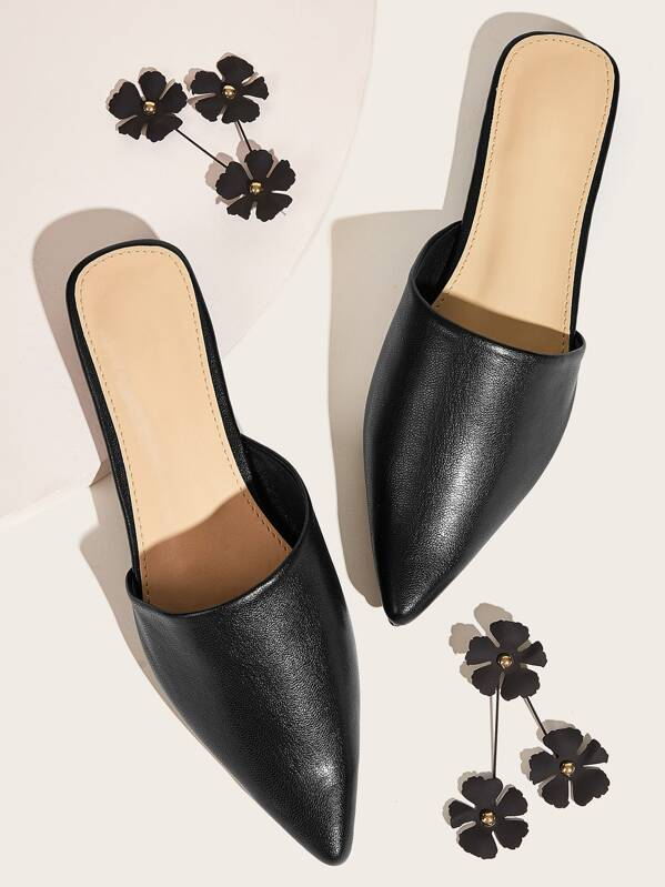 Point Toe Flat Mules, null