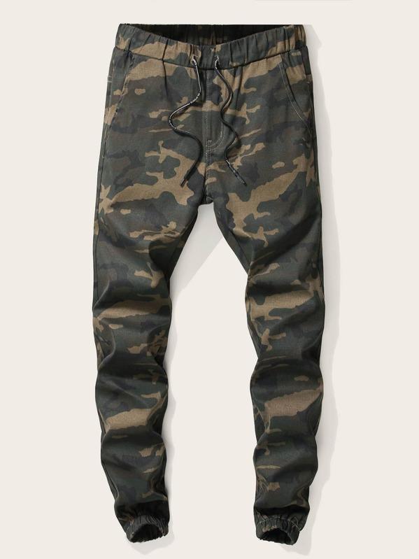 Men Drawstring Waist Camouflage Print Jeans