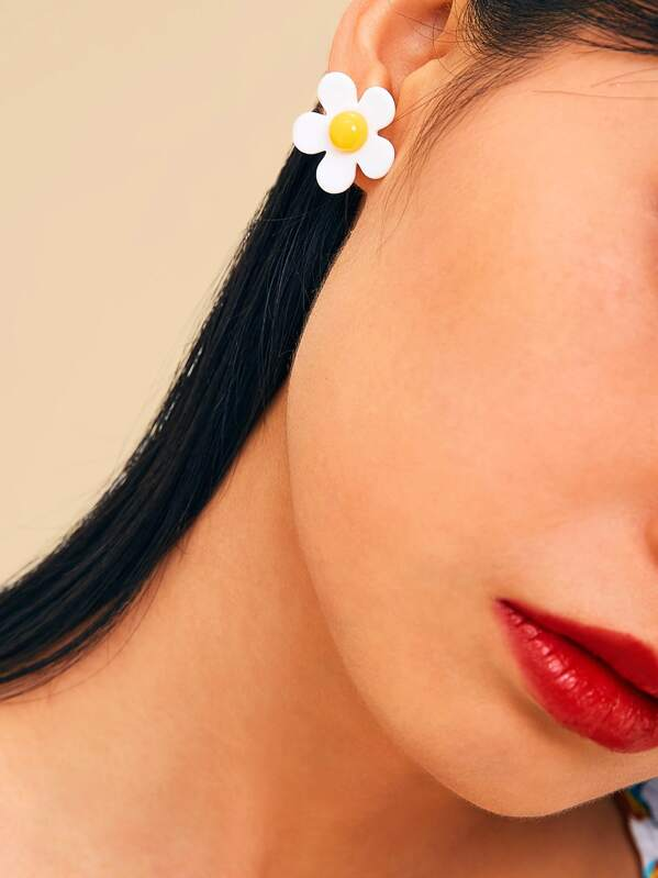 Daisy Design Stud Earrings 1pair, null