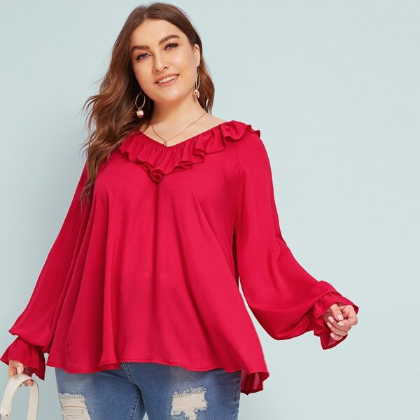 Plus V-neck Ruffle Trim Flounce Sleeve Swing Top