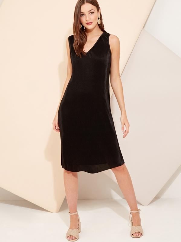 Cut Out Back Pleated Dress, Gracea