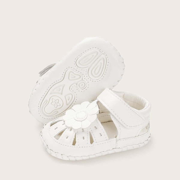 Baby Girls Floral Decor Cut Out Sandals