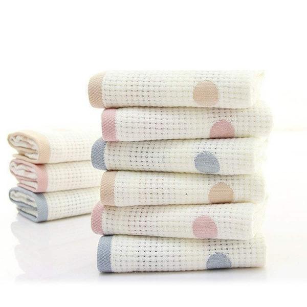 Dot Pattern Towel 1pc
