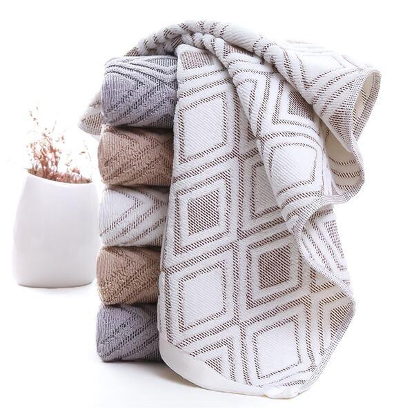 Geometric Pattern Absorbent Towel 1pc