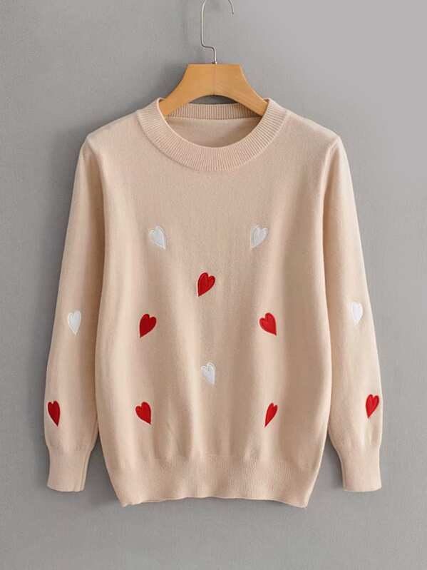Round Neck Heart Embroidery Sweater