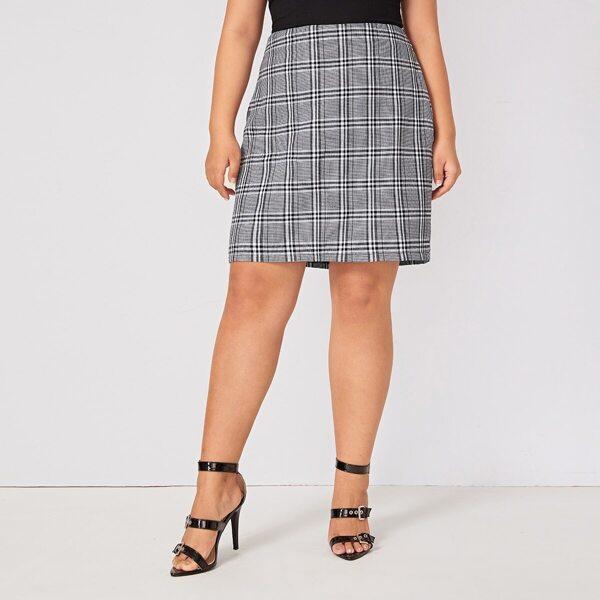 Plus Plaid Print Zip Back Skirt