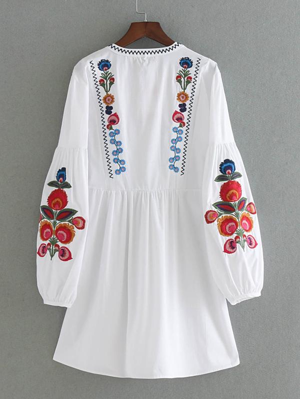 476435db8acb09 Embroidered Lantern Sleeve Tassel Tie Smock Dress