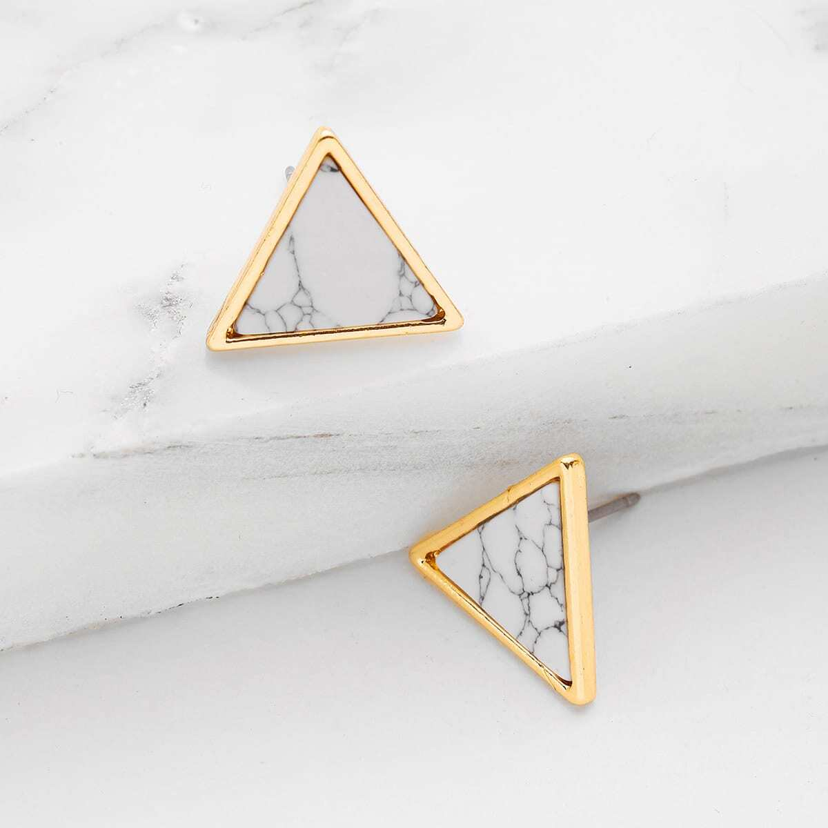 Dreieck Ohrstecker mit Marmor Muster