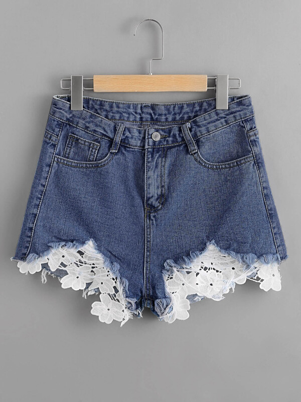 b58888190358d0 Frayed Hem Lace Appliques Denim Shorts