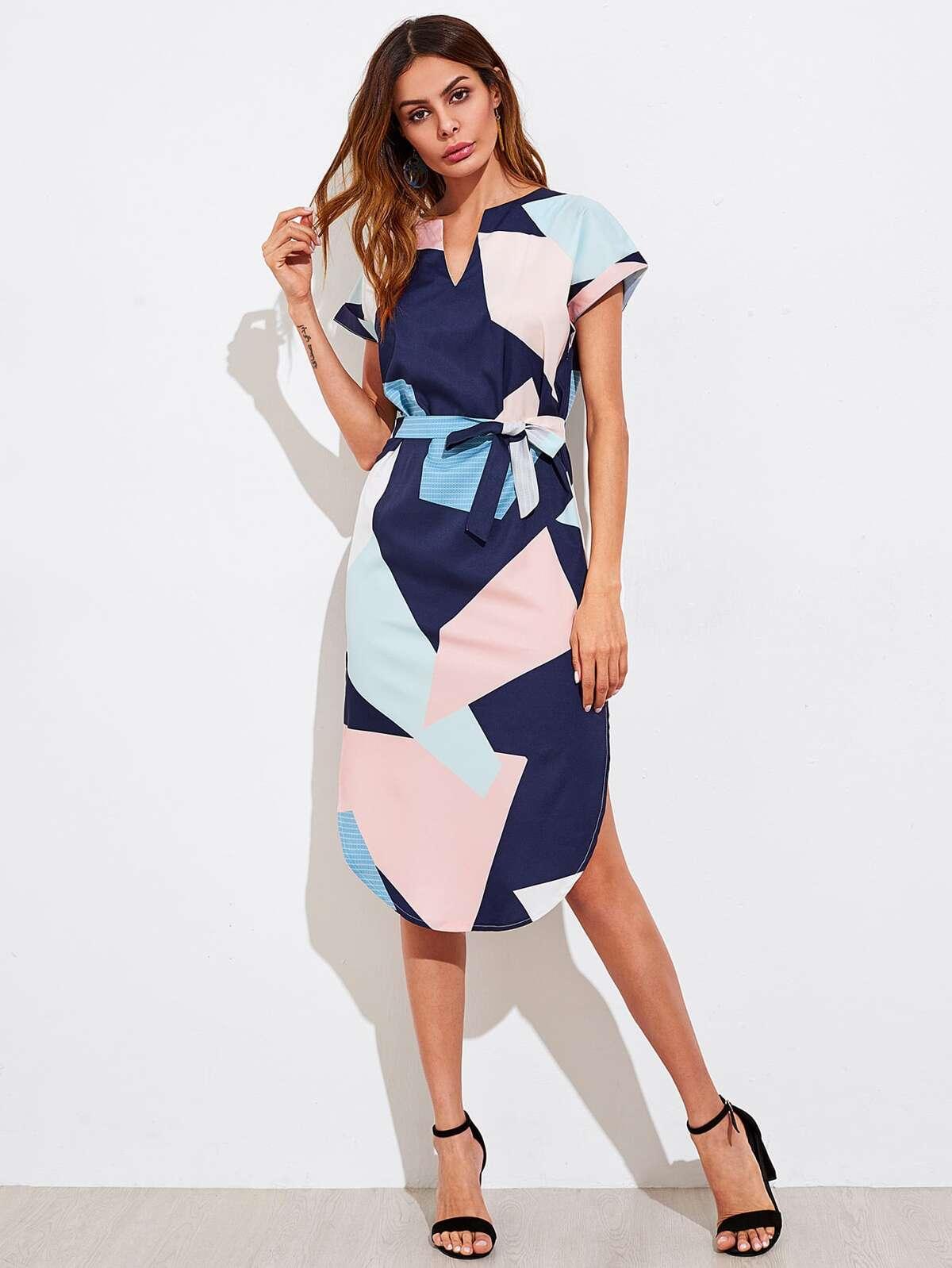V Cut Geo Print Slit Side Curved Hem Dress by Romwe