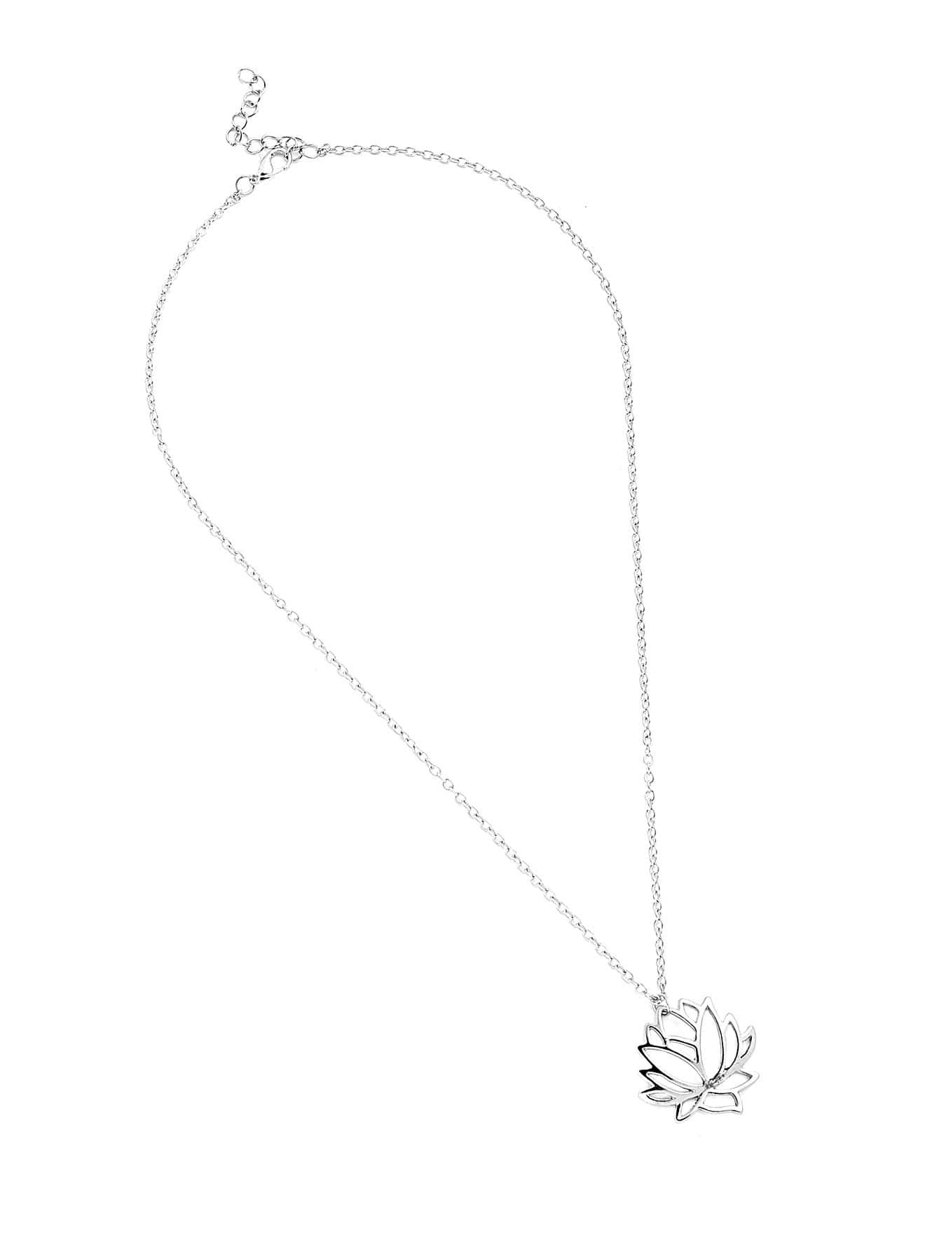 Halskette mit ausgehöhlter Lotusblume Anhänger - German romwe