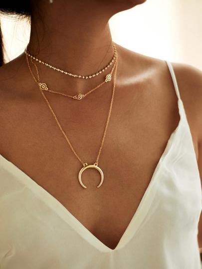 5bd39fbe0e2d Conjunto de 3 collares dorados