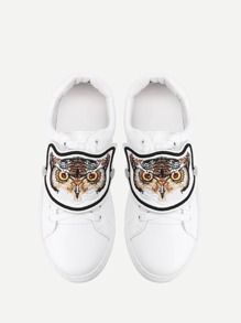 Tiger Embroidery Low Top PU Sneakers