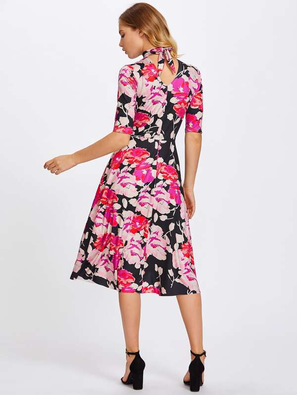 Vestido floral de manga al codo con lazo para atar  77a10513a87d