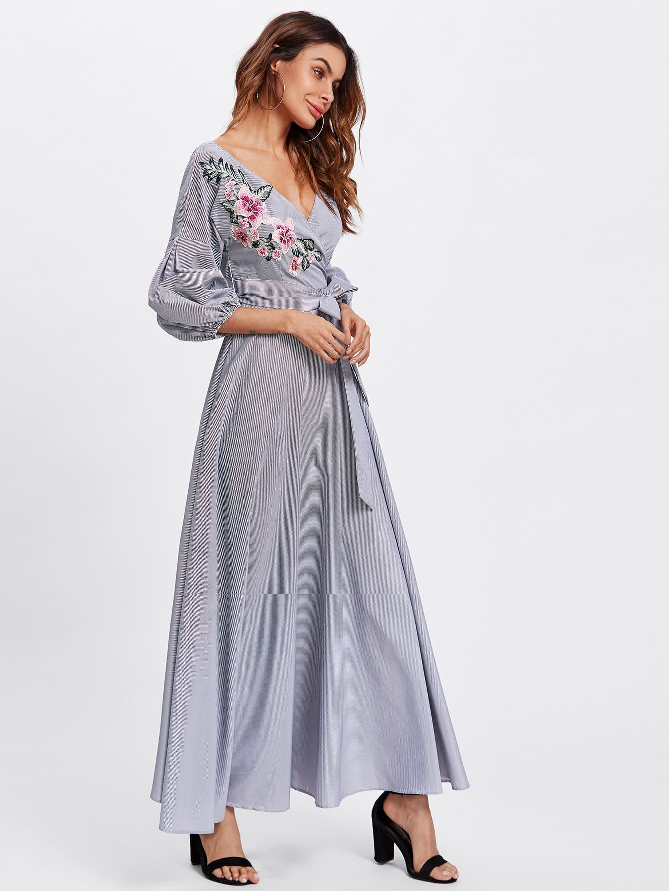 Kleid mit Blumen Flicken und Puffärmeln - German SheIn(Sheinside)
