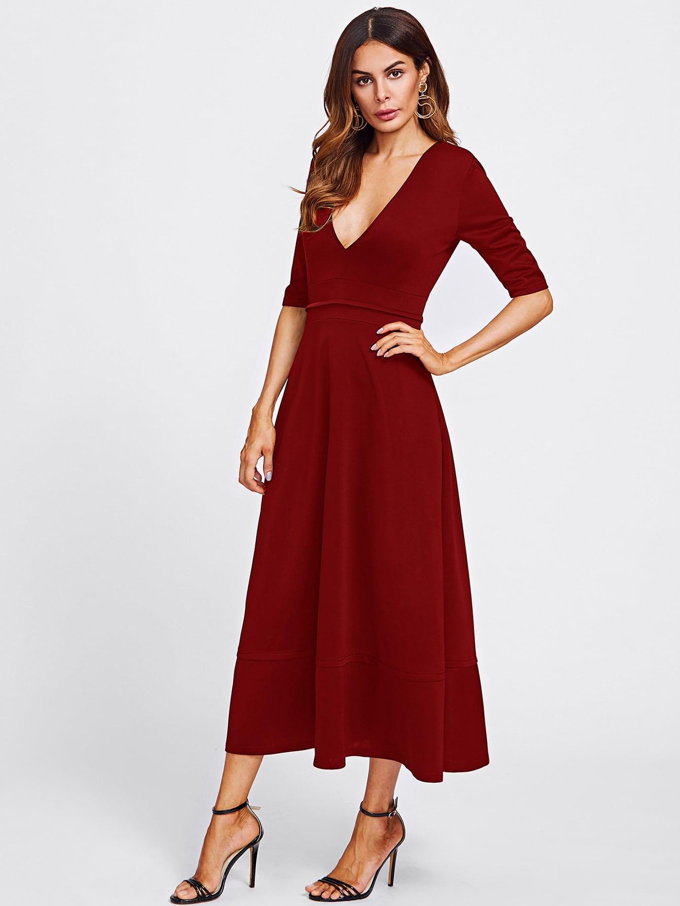 Langes Kleid mit doppeltem V Ausschnitt- German romwe