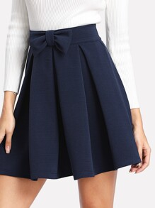 Bow Front Box Pleated Textured Skirt