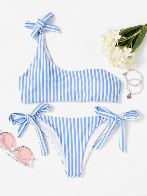589a8e98a0d8 Bikini de rayas verticales con un tirante