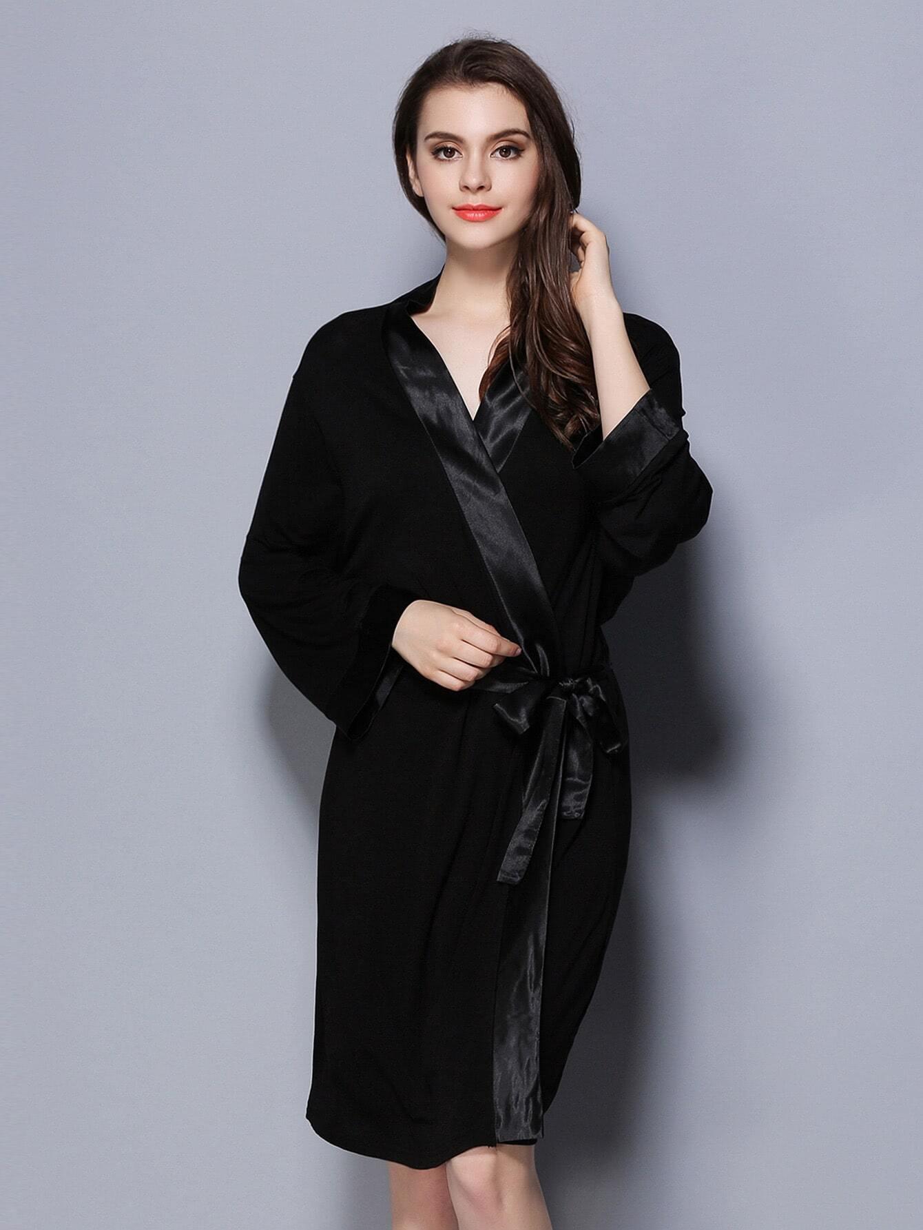 robe d coup e contrast e en satin avec lacet french romwe. Black Bedroom Furniture Sets. Home Design Ideas