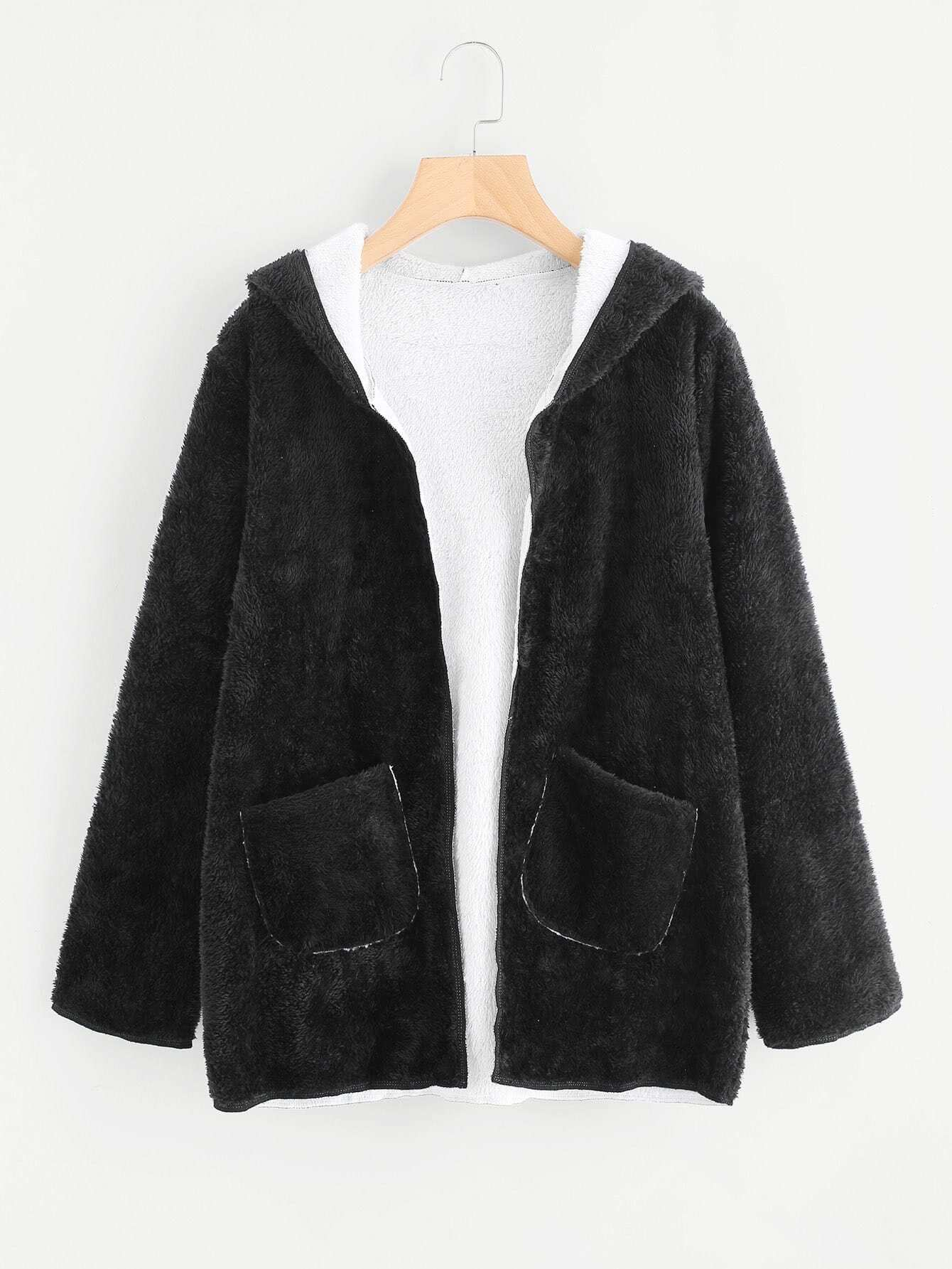 Jacket fur pockets