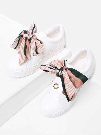 Bow Decorated Slip On Sneakers