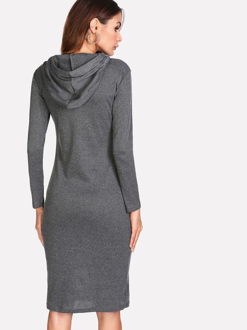 nouveau style 54350 7c161 Robe pull à capuche en tricot