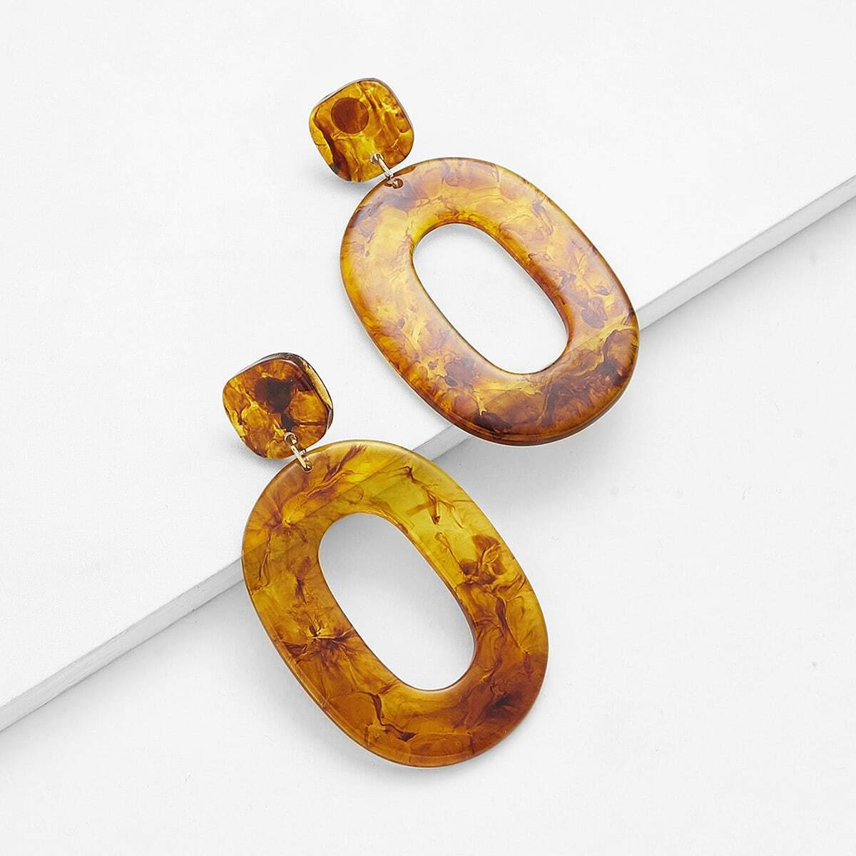 - Stone Design Drop Earrings