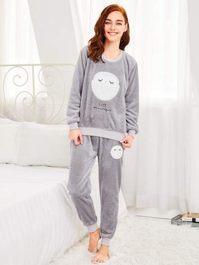60ac3119ef Conjunto de pijama con bordado de oveja sintética -Spanish SheIn ...