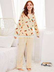 Contrast Trim Carrot Print Plush Pj Set
