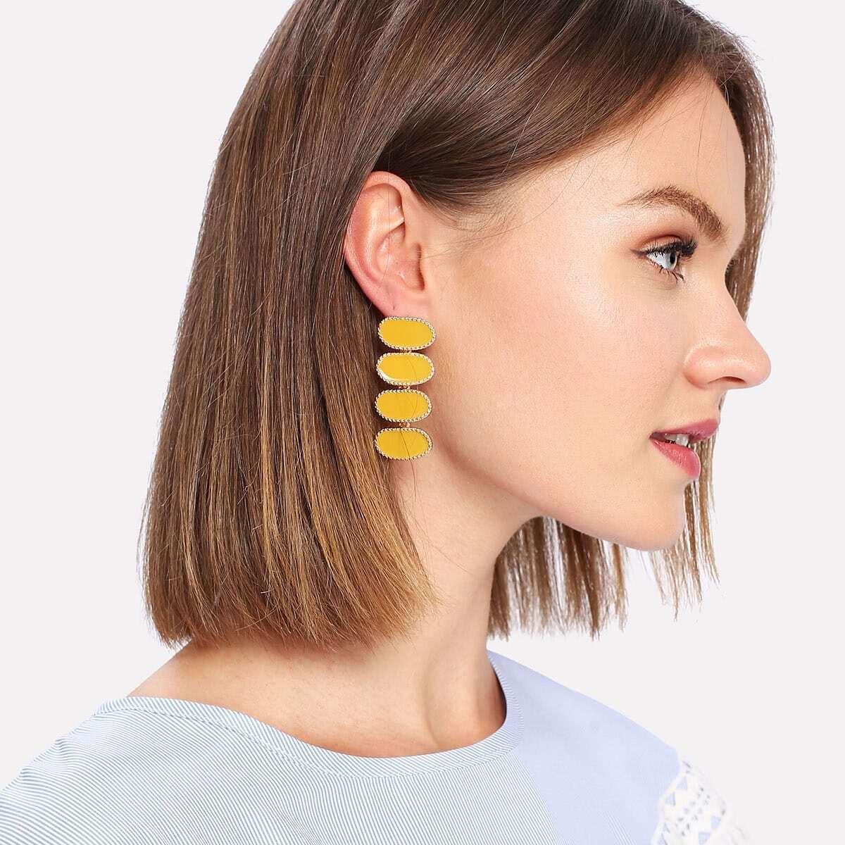 - Contrast Drop Earrings