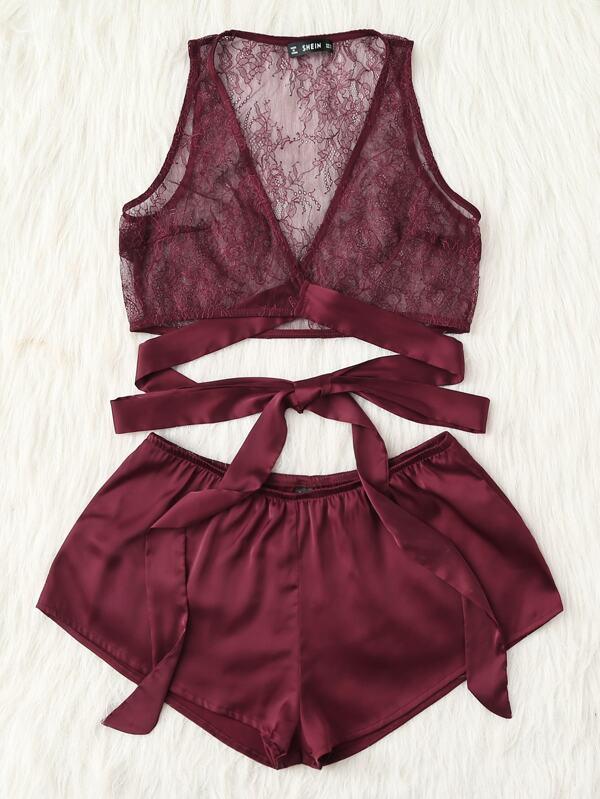 256c80243e7 Conjunto de pijama con top de encaje y short de satén | SHEIN ES