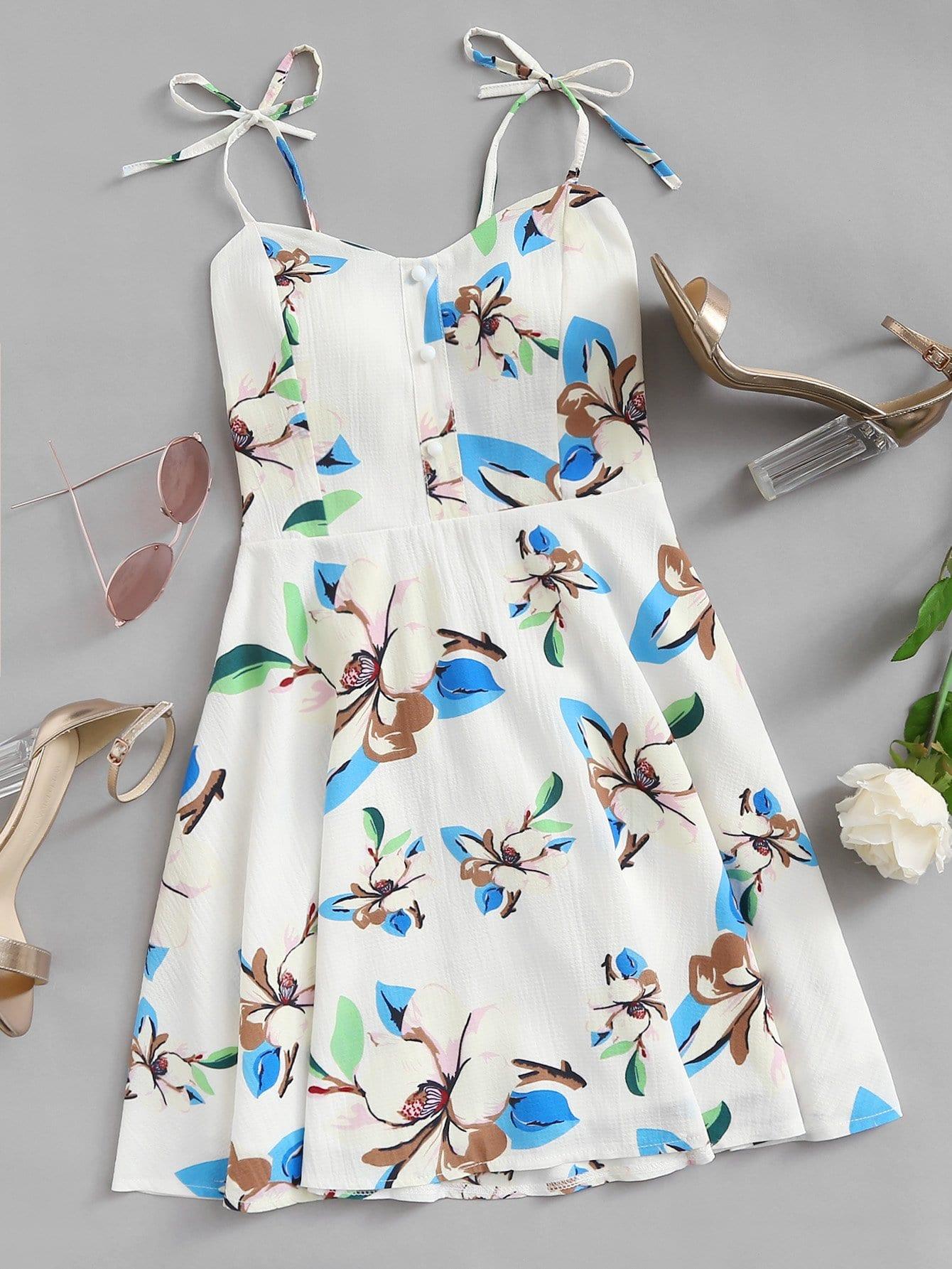 Cami Kleid mit Blumenmuster, Plissee hinten und Knoten - German romwe