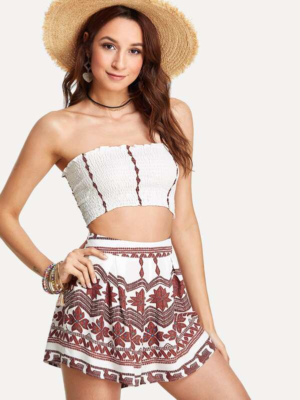 06130ebe90 Pleated Tube Top With Geo Print Shorts | SHEIN IN