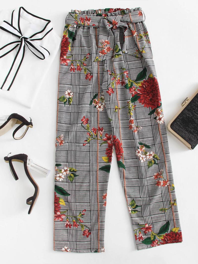 Pantalones de cuadros con estampado floral con cinturón