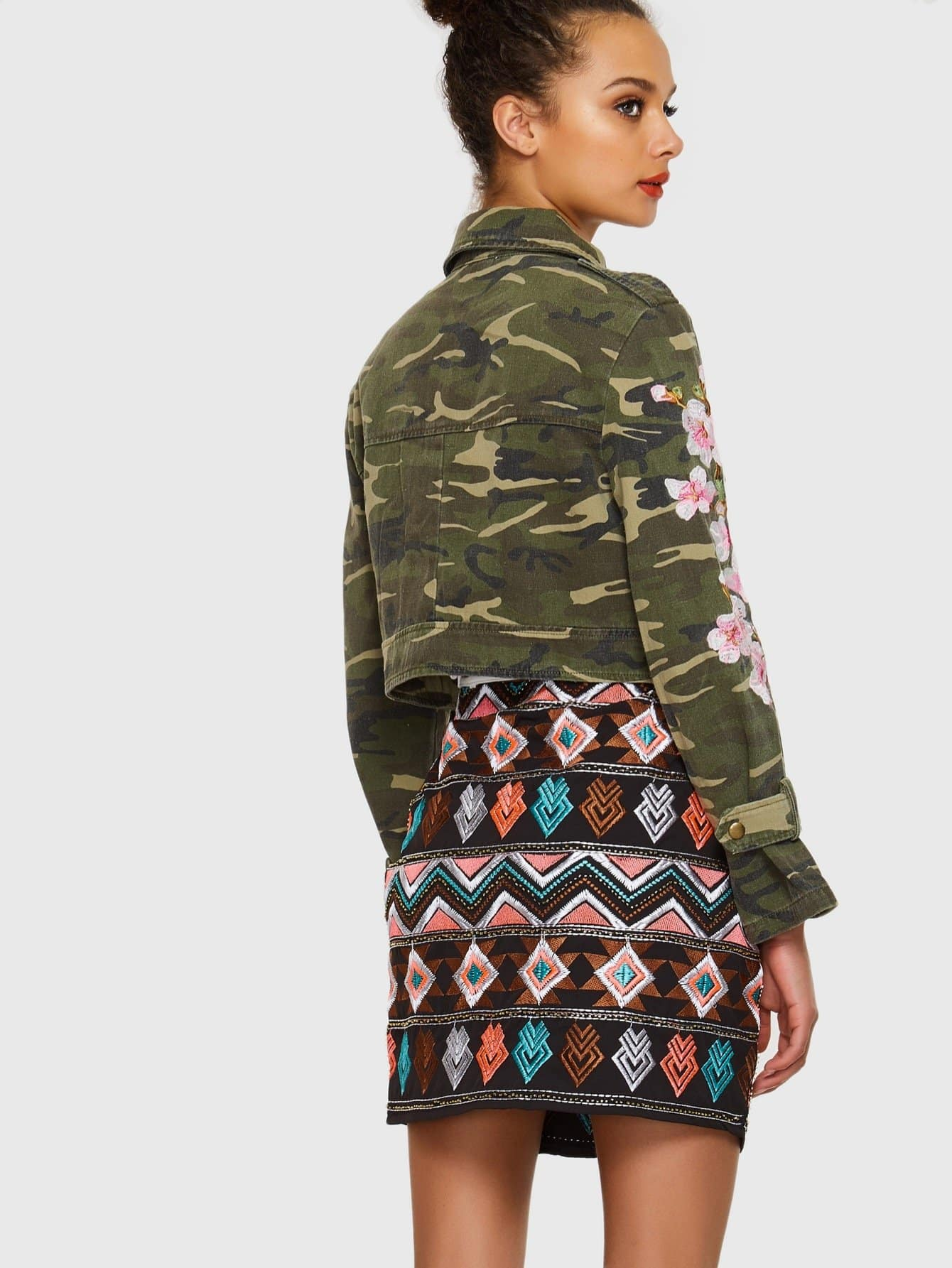 Flower Embroidered Camo Jacket Emmacloth Women Fast
