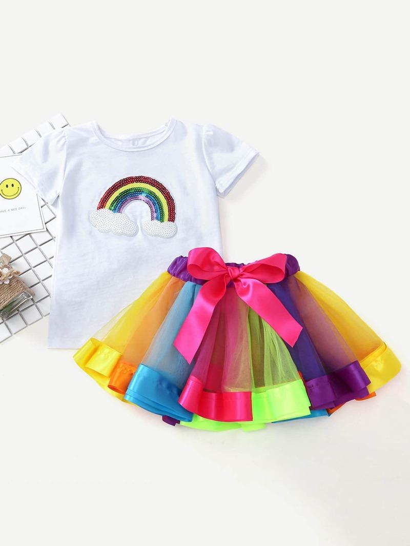 4e8f0dbb5 Camiseta de niñas con lentejuelas con falda de malla de arcoíris