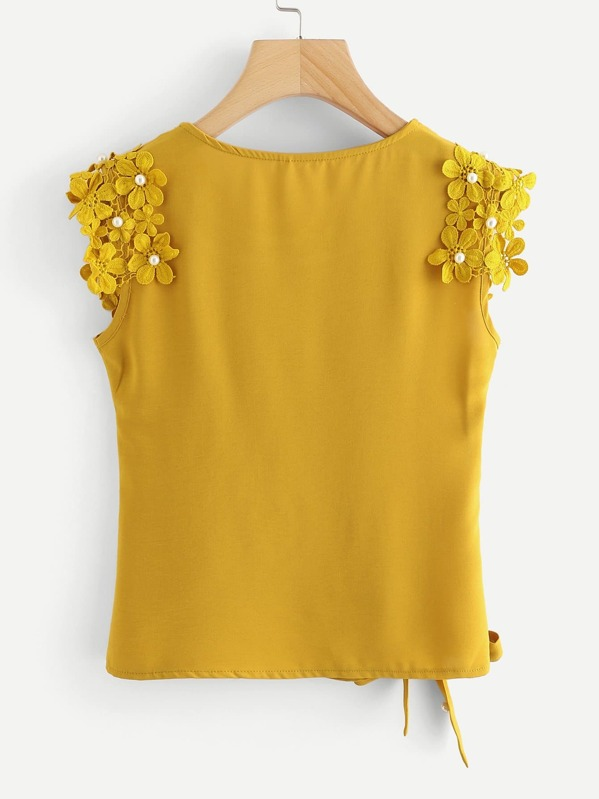 7524d4180f Knot Side Pearl Beaded Detail Top | SHEIN