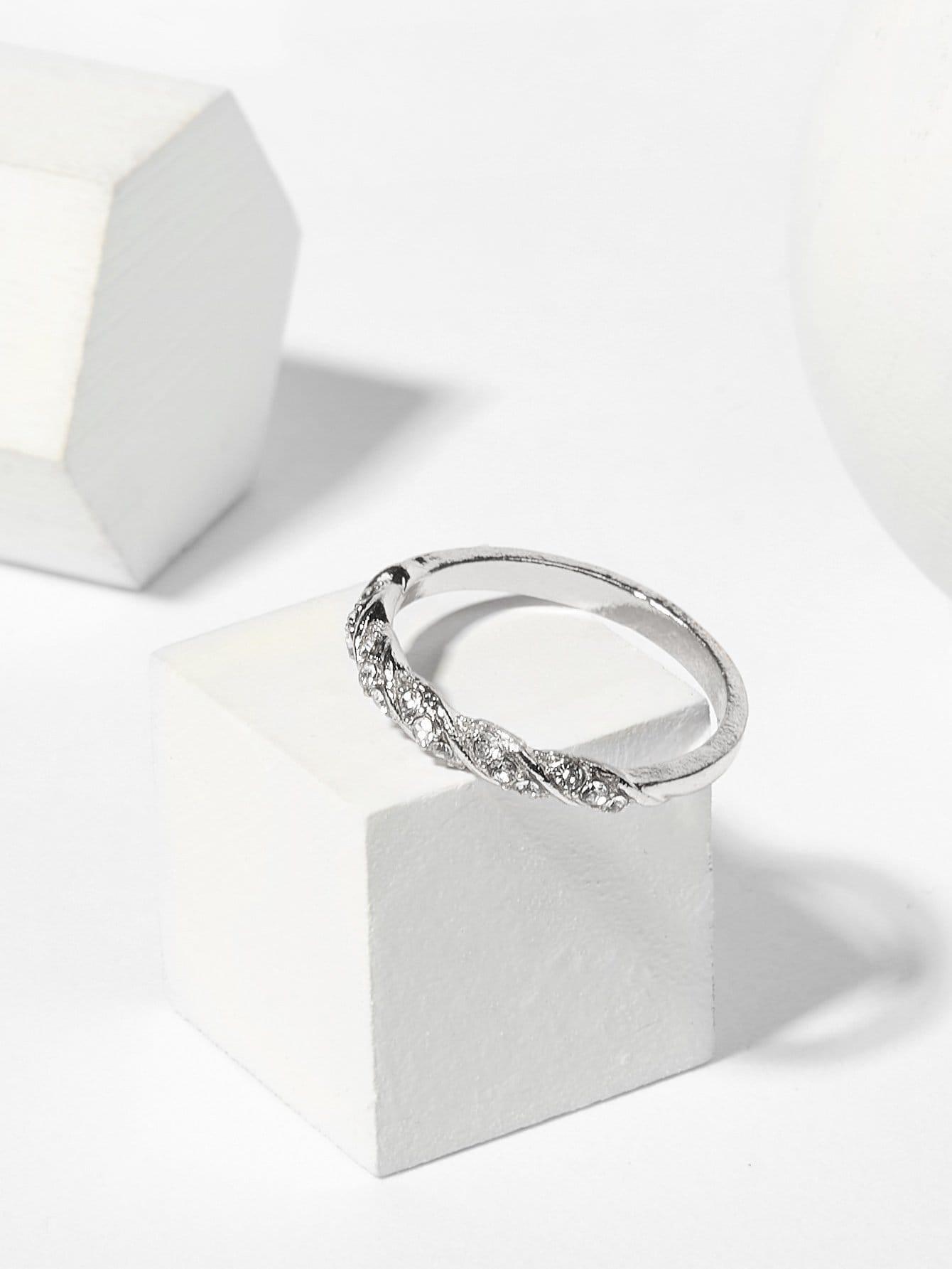Spiral Design Rhinestone Ring