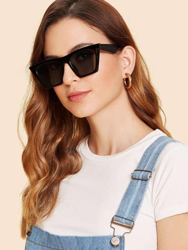 7cf392902c Cat Eye Flat Lens Sunglasses | SHEIN