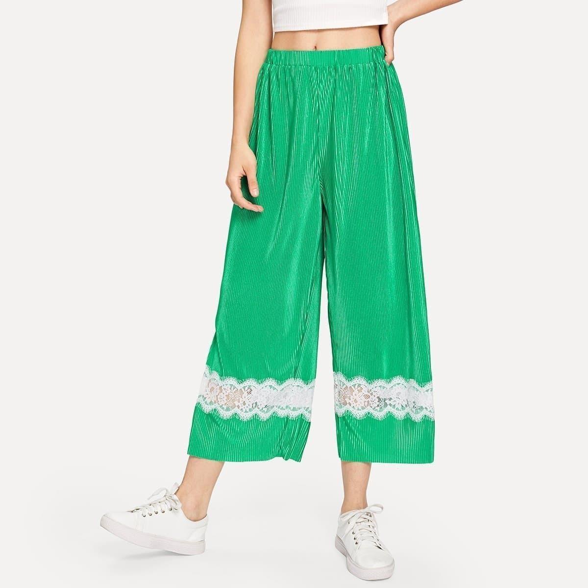 - Contrast Lace Applique Pleated Culotte Pants