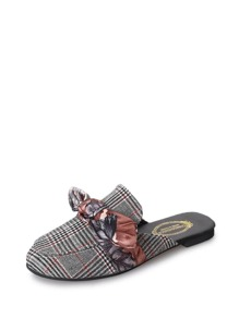 Contrast Bow Houndstooth Flat Mules