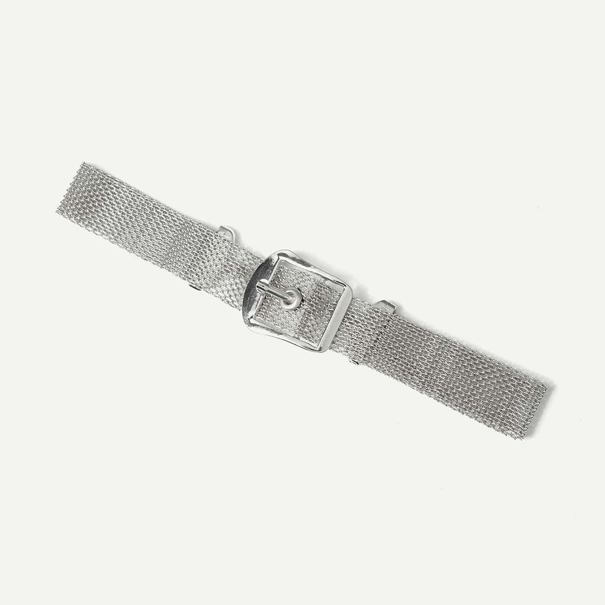 - Buckle Design Choker