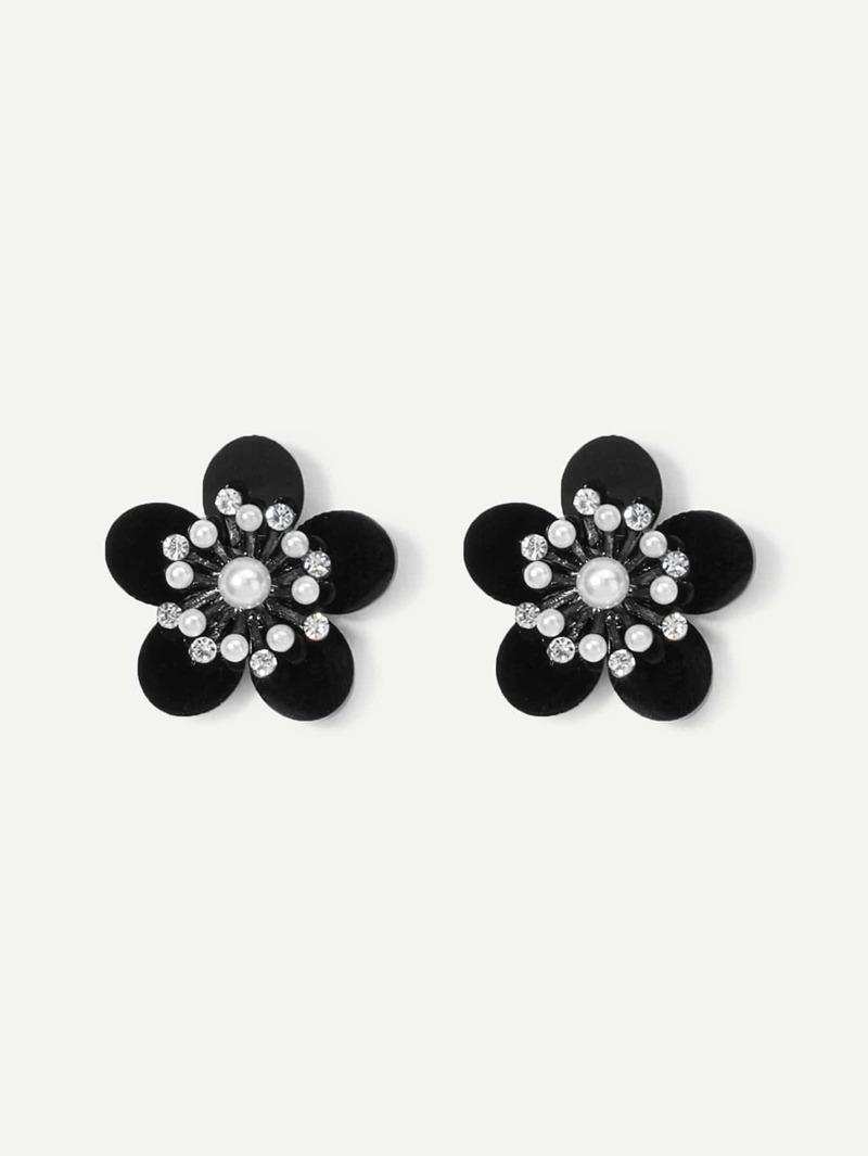 Flower Shaped Stud Earrings