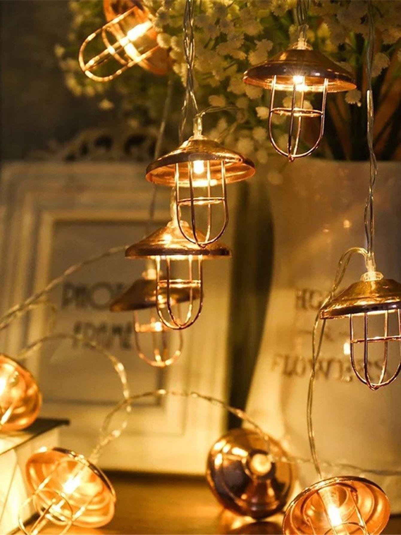 cha ne de lumi re avec ampoules en forme d 39 abat jour 20 pi ces french romwe. Black Bedroom Furniture Sets. Home Design Ideas