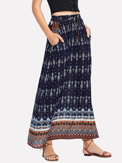 Falda maxi con estampado tribal