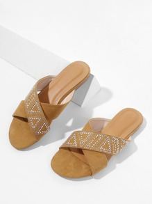 Criss Cross Flat Sandals With Jewelry