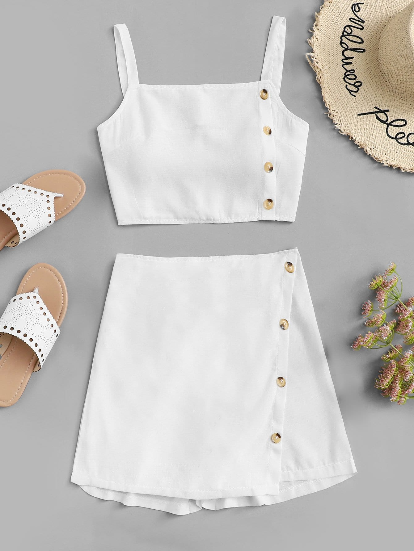 992972e701221 Button Side Crop Cami Top With Shorts | SHEIN