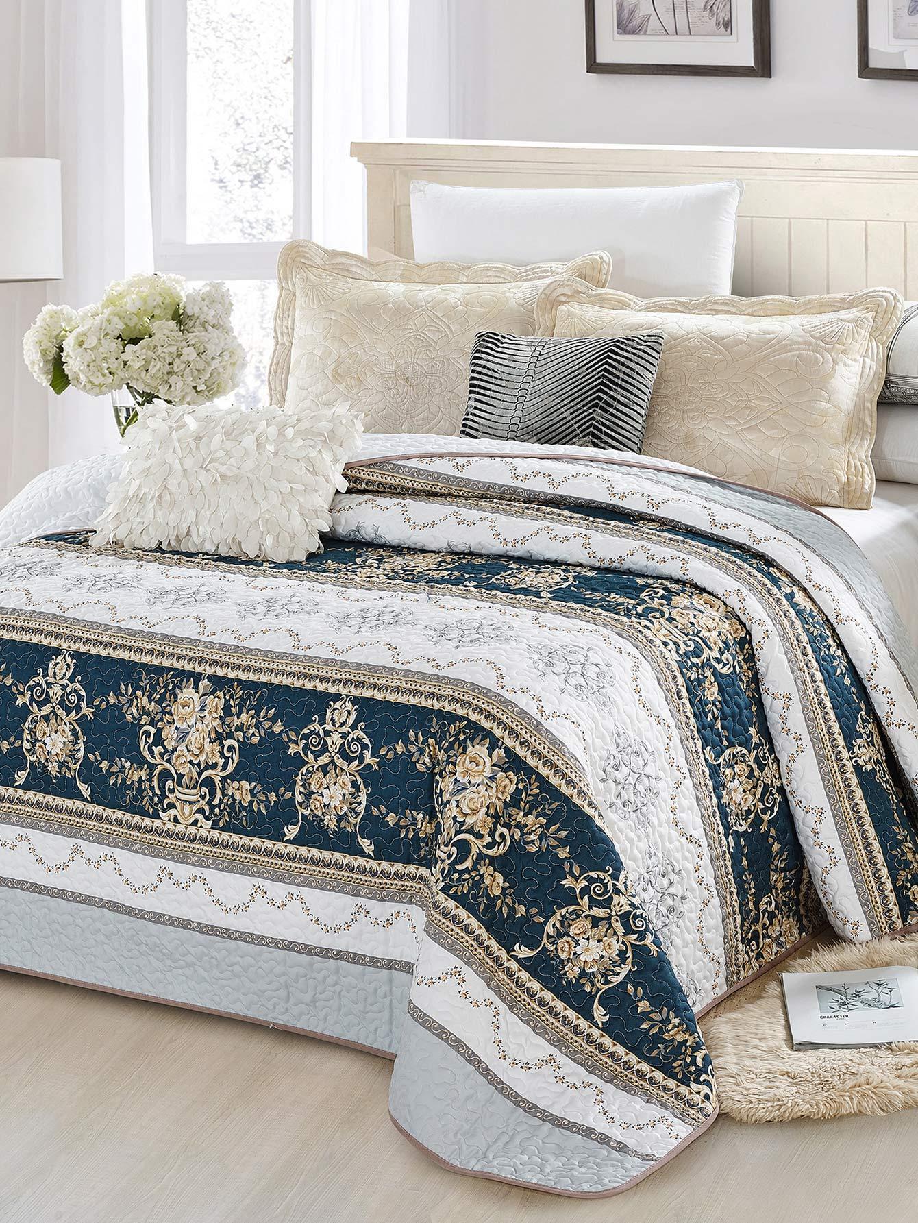 couvre lit imprim fleur et rayure french shein sheinside. Black Bedroom Furniture Sets. Home Design Ideas