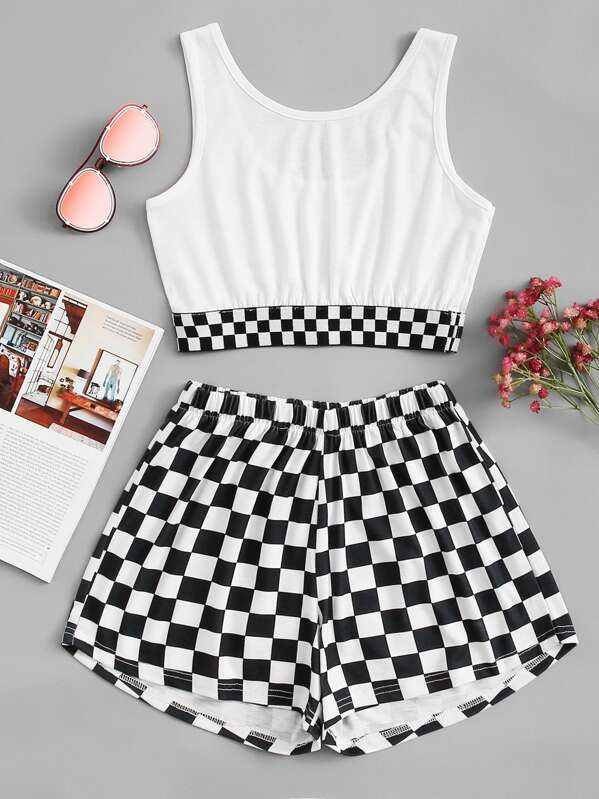 e91a2bbb9f Gingham Crop Top With Shorts | SHEIN