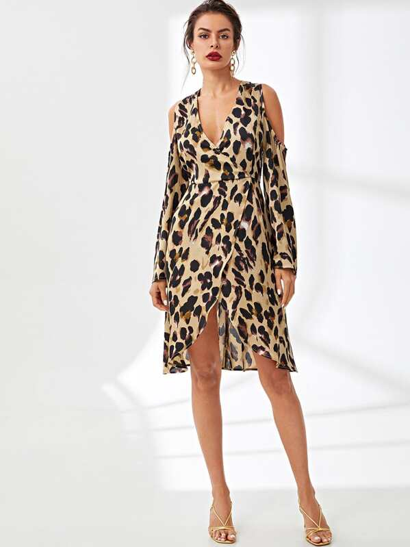 264461bcbc9c Leopard Print Cold Shoulder Wrap Dress | SHEIN UK